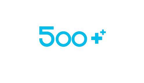 niebieski napis: 500+ na białym tle